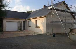 Maison avant travaux, vue du garage