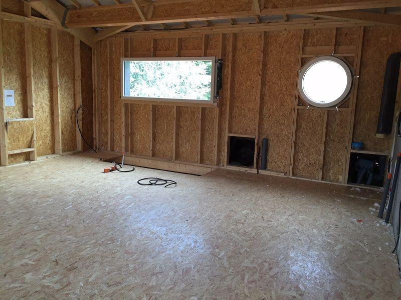 Vue intérieure avec plancher